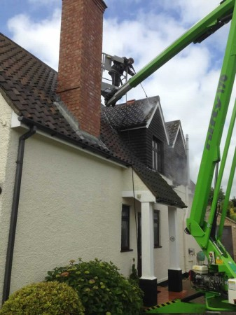 norfolk pressure washing. roof cleaning and painting